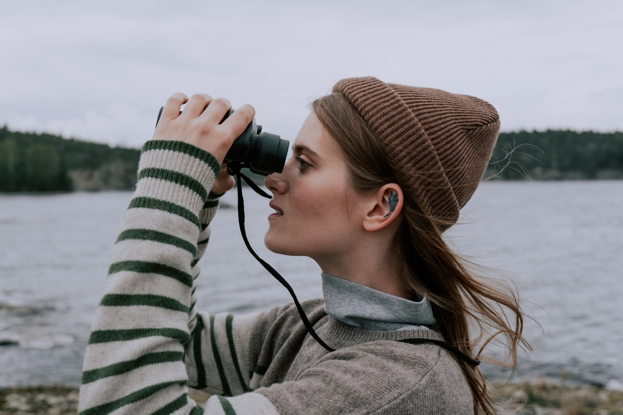 Can Binoculars Hurt Your Eyes? – How to Use Them Safely